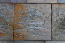 membuat-batu-alam-beton