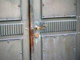 cara-memperbaiki-pintu-rusak