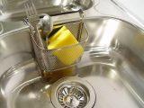 membersihkan-kitchen-sink