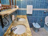 tips-membersihkan-lantai-keramik